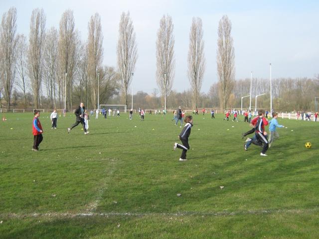 Tournoi de foot interscolaire Nordheim-Scharrachbergheim-Wangen du jeudi 2 avril 2009 Img_0417