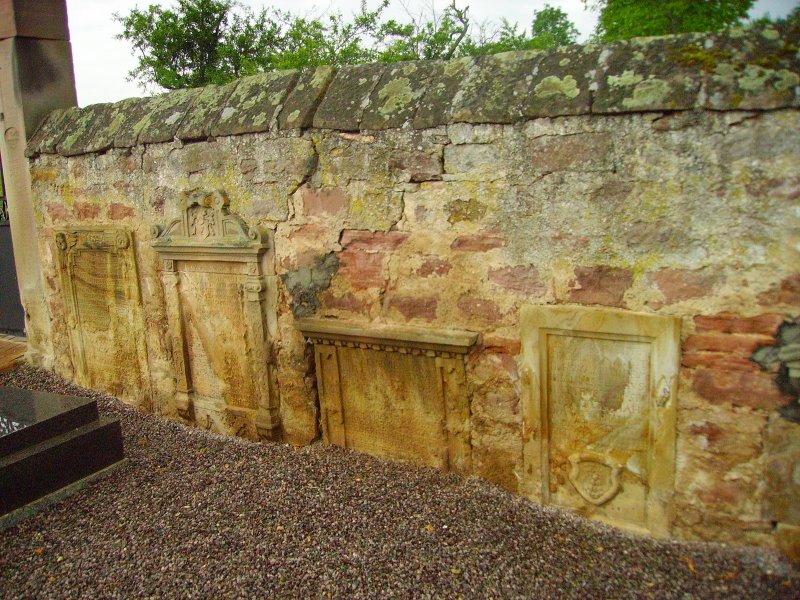 De l'autre côté du mur...du cimetière de Wangen Wangen10