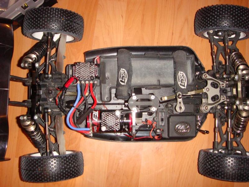 Montage moteur Castle sur support Losi Dsc06210