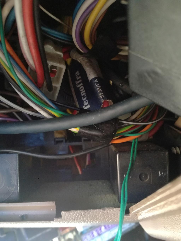 soucis d electricité Img_2012