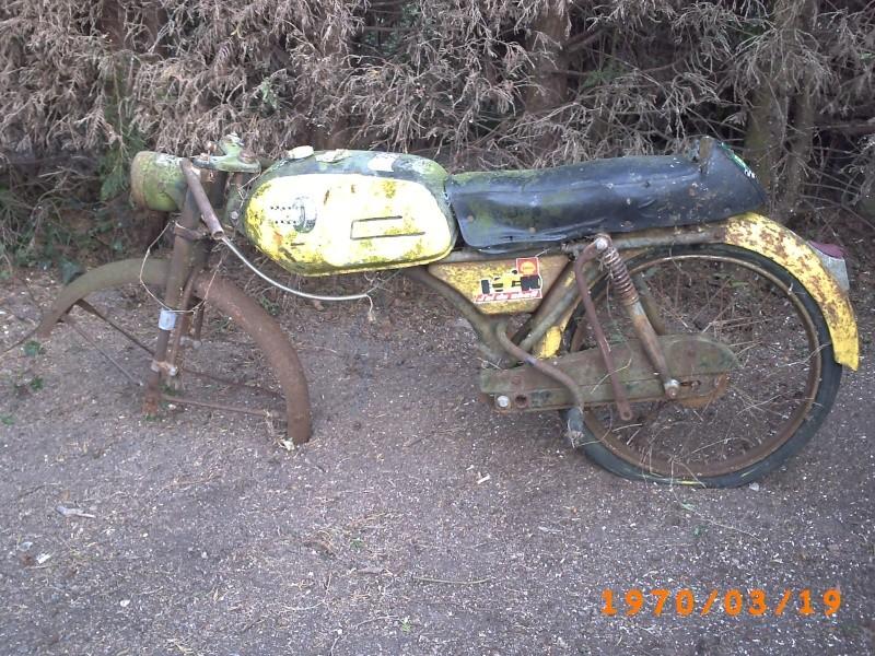 quel est le model de cette moto Pict0110