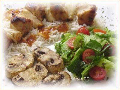 Brochette de poulet, sauce rouge Pict0111