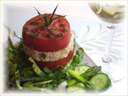 Une entrée/repas : Mille-feuilles de thon-tomates Pict4611