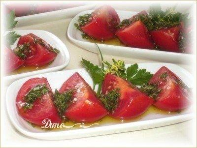 Une petite entrée de tomate et bocconcini Tomate10