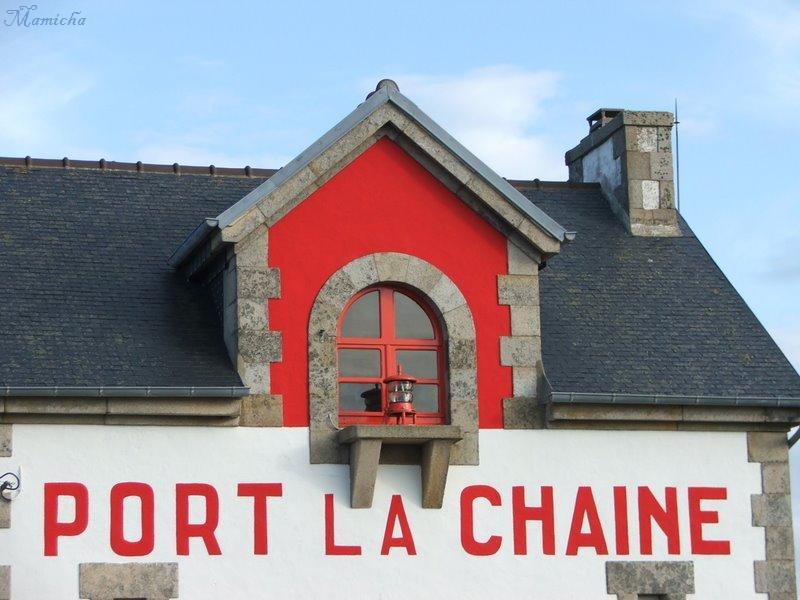 Phare de Port La Chaine (22) Brahat12