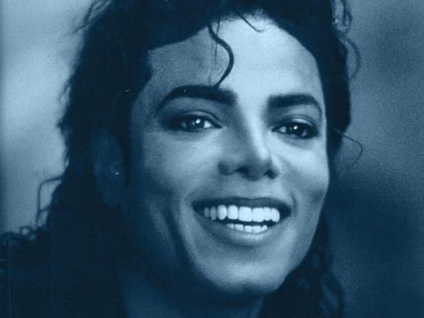 Consiglio: foto di Michael da stampare su maglietta. Hai_1_10