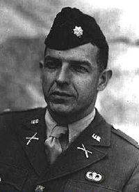 Le Lieutenant Colonel Benjamin.H.VANDERVOORT Vdv10