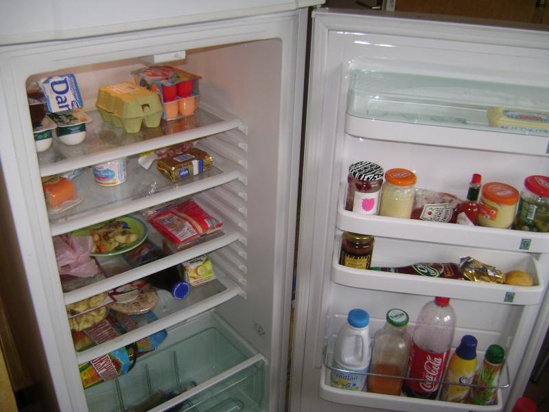 Retrouver la propriétaire du frigo . Dsc03311
