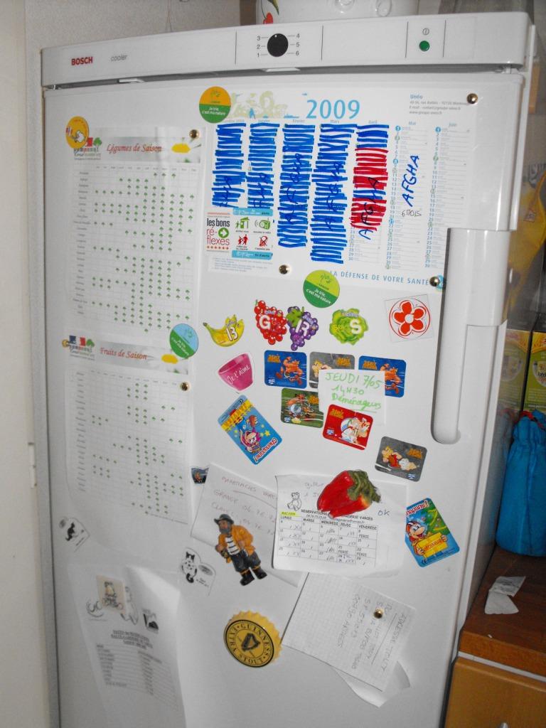 Retrouver la propriétaire du frigo . Dscf0011