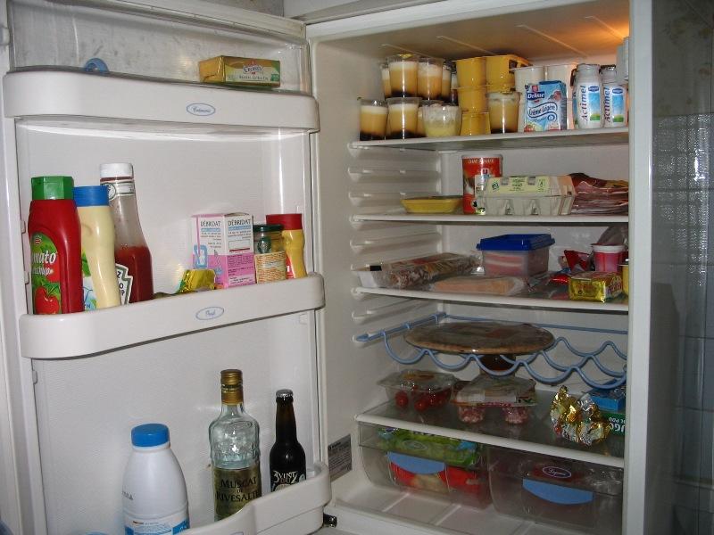 Retrouver la propriétaire du frigo . Frigo_10