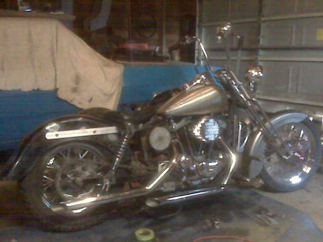Rebuild of my 03' Harley,..ready for paint:) Cid_im38