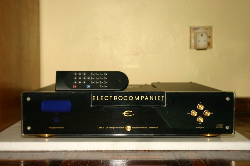 Electrocompaniet EMC1 CD player (Used) Ec_f211