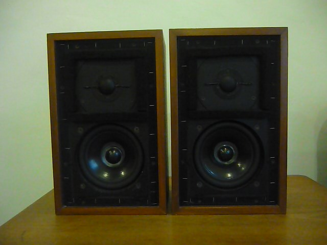 Rogers LS 3/5a 15 ohm speakers (Used) Ls_35a12