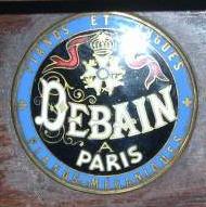 photos des plaques et marques Debain13