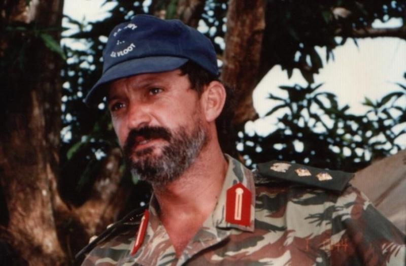 Cool photos of Mercenaries in Africa (Executive outcomes) Eoi810