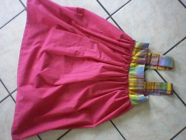 2 petites robes pour mes princesses Robeha10