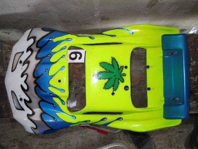 Carrosserie de vitrine!!! lol Carros17