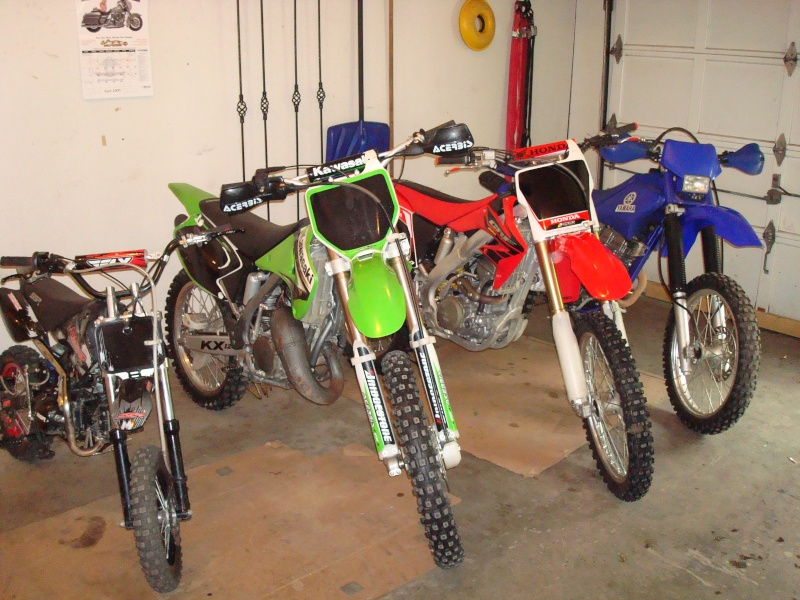 Show Us Your Bikes!!  (2 Wheels Only) Dsc00422