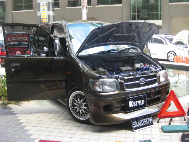 EAST MALAYSIA NO.1 AUTOSHOW 2009 Img_3712