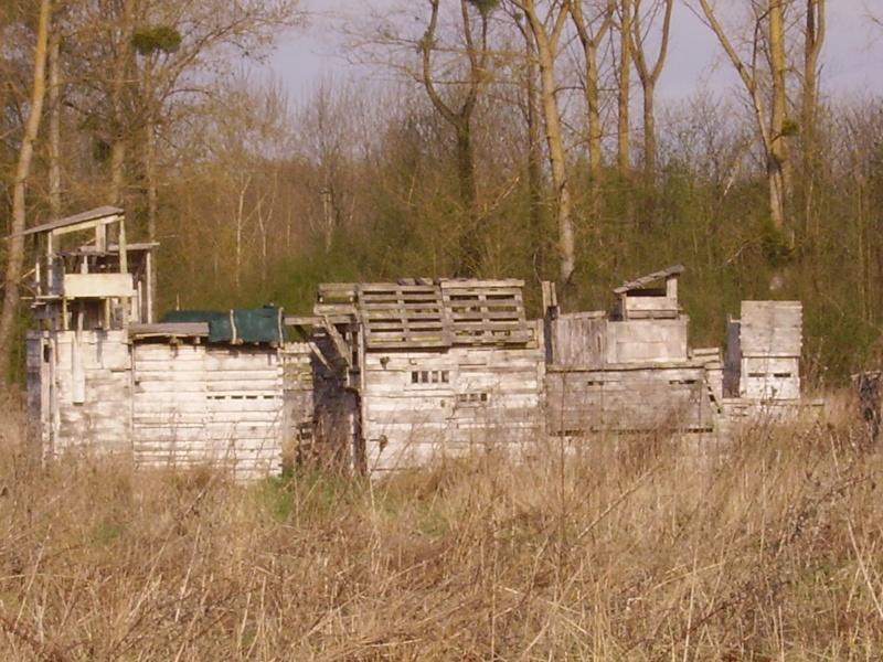 Le Village fortifié... Imgp0011