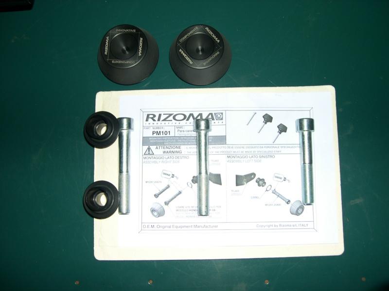 Réception et Montage de mes tampons de protection Rizoma plus couple de sérrage Dscn0143