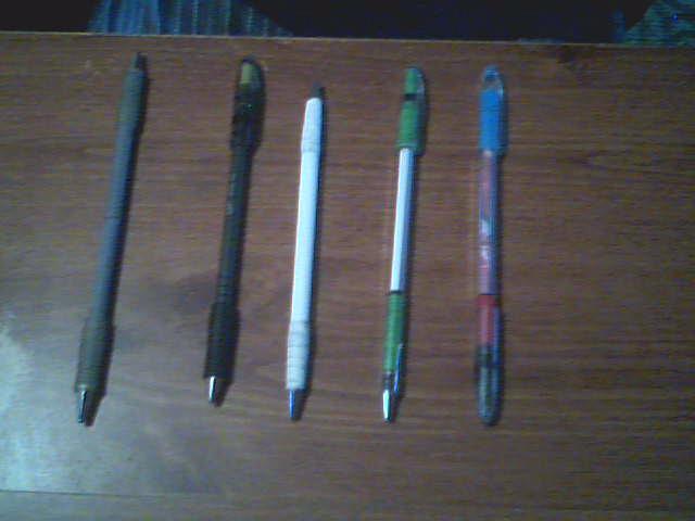 Venez montrez vos mods et vos crayons ! - Page 2 2009-011