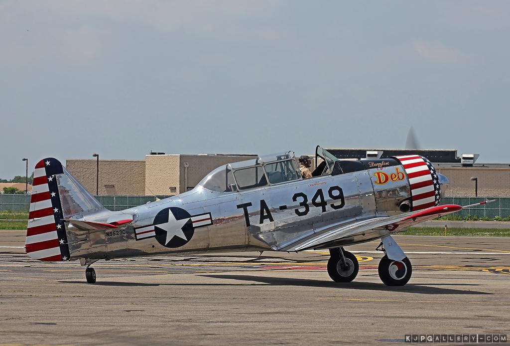 "Texan T-6 C TA-349 ""Dazzlin' Deb"" - Col. Thomas E. Murphy - 47th Flying Trainig Wing USAF 73561910"