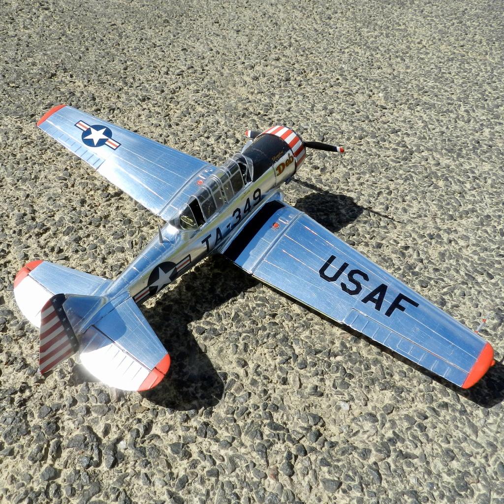 "Texan T-6 C TA-349 ""Dazzlin' Deb"" - Col. Thomas E. Murphy - 47th Flying Trainig Wing USAF Ext0410"