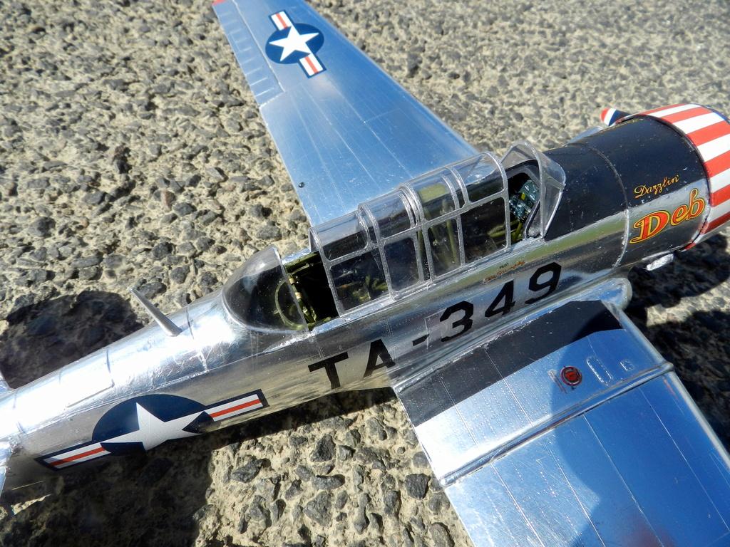 "Texan T-6 C TA-349 ""Dazzlin' Deb"" - Col. Thomas E. Murphy - 47th Flying Trainig Wing USAF Ext0510"