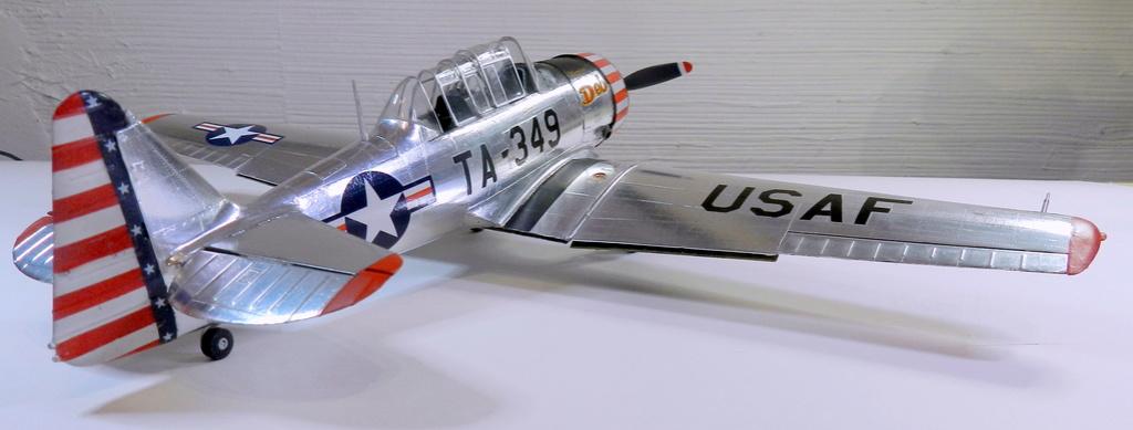 "Texan T-6 C TA-349 ""Dazzlin' Deb"" - Col. Thomas E. Murphy - 47th Flying Trainig Wing USAF F00611"