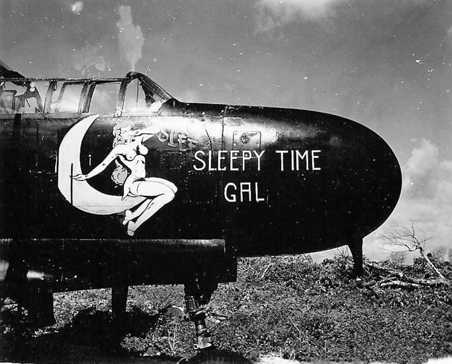 "P-61A-10 Black Widow SN 42-5598 ""Sleepy Time Gal II"" Cpt. Ernest Thomas - 6th NFS - 1945 (1/32) - Page 3 Northr10"