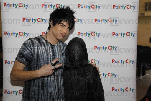 Halloween At Party City :  24 : 10 : 2009 Prnpho10