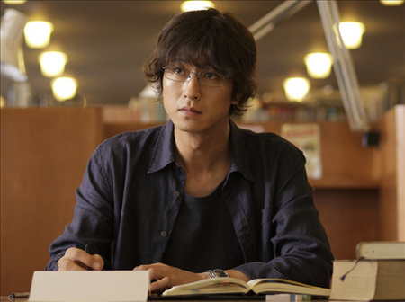 "Tanihara Shosuke playing the lead role in the new movie ""Tenshi no Koi"" 2251110"