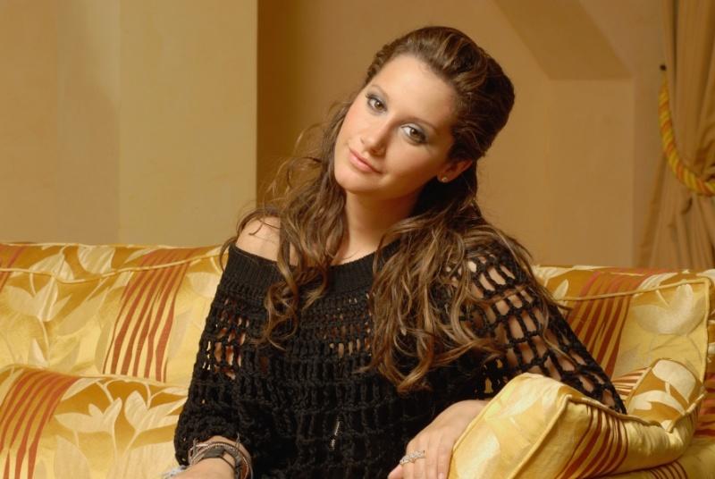Simone Hoffmann 2009 - Page 2 Norma163