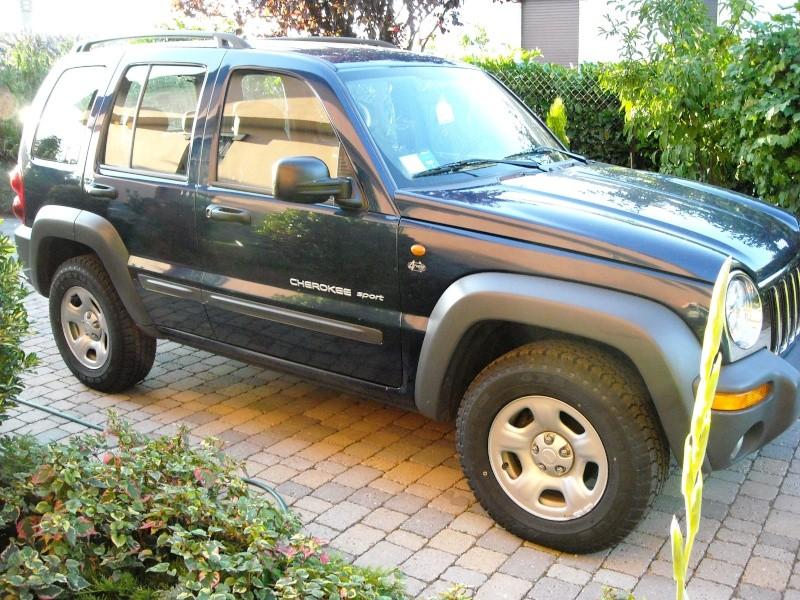 LA mia KJ  sono una di quelli che dice che La Jeep è femina :-) 210