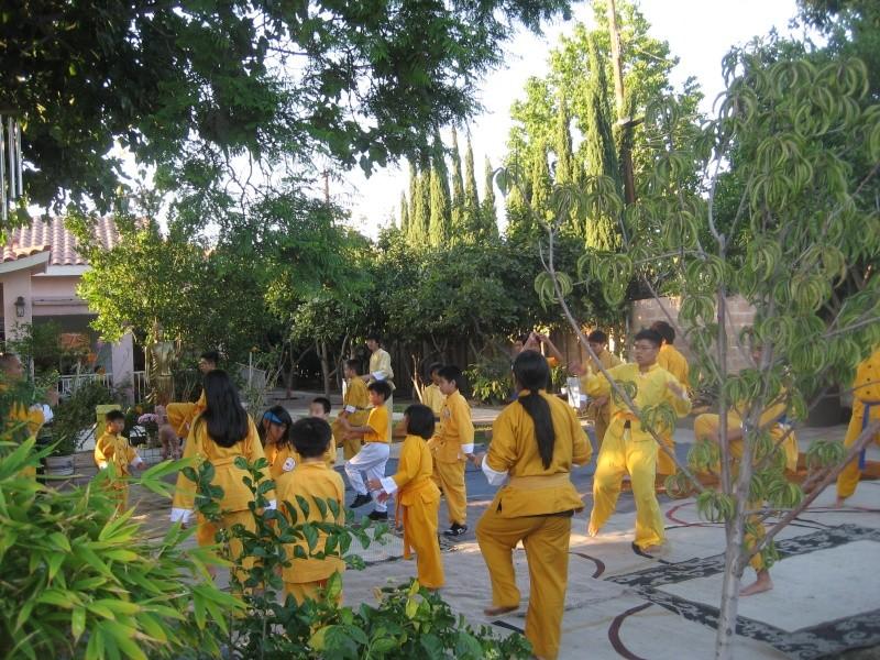 Hình Ảnh Sinh hoạt Aug. 14, 2009 -- Môn Phái Võ Lâm Việt Nam Chánh Tông -- Chùa Liên Hoa Img_7018