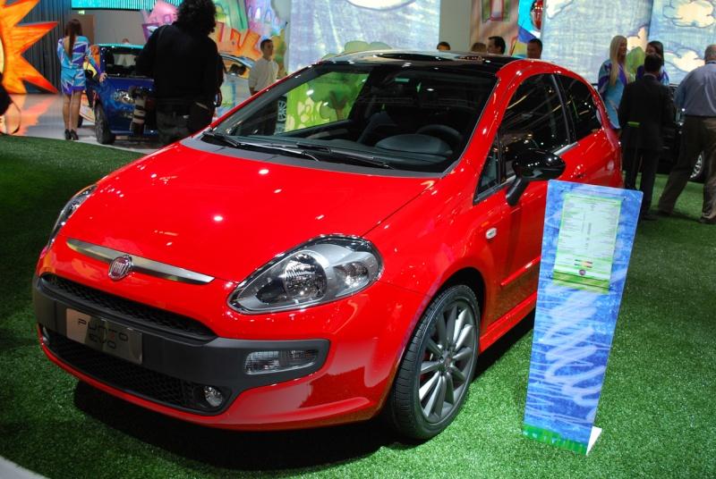 2009/12 - [Fiat] Punto Evo - Page 9 01-fia10