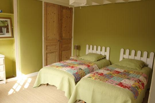 chambre enfant vert et gris Chambr11