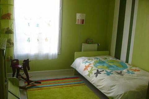 Chambre Enfant Vert Et Gris Dsc02010