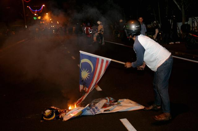 TALKIN` MALAYSIA Np52mr10