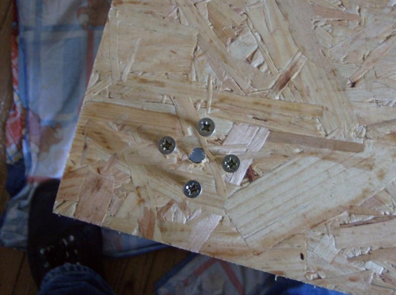 Construction de meuble avec 2 terra incrustés dedans Hpim3360