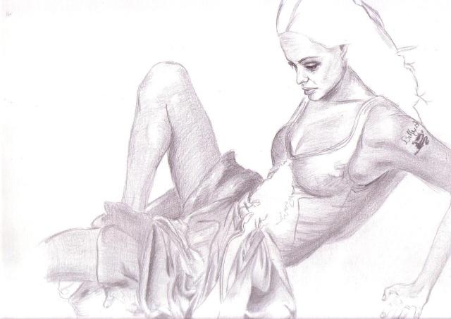 Angelina Jolie [terminé] Angeli11