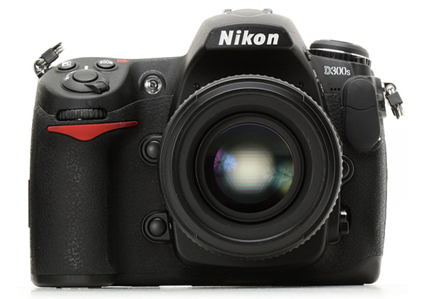 Nikon D300S review roundup: it's awesome, but D300 is better value Nikon_10