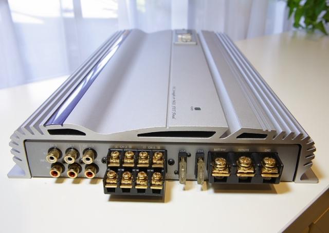 Alpine V12 MRV-F505 4/3/2 channel power amp (Used) _mg_2619