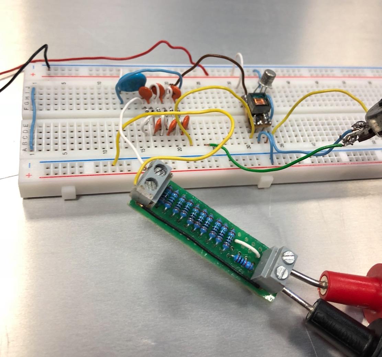 Un projet de compteur geiger à transistors - Page 2 Captu163