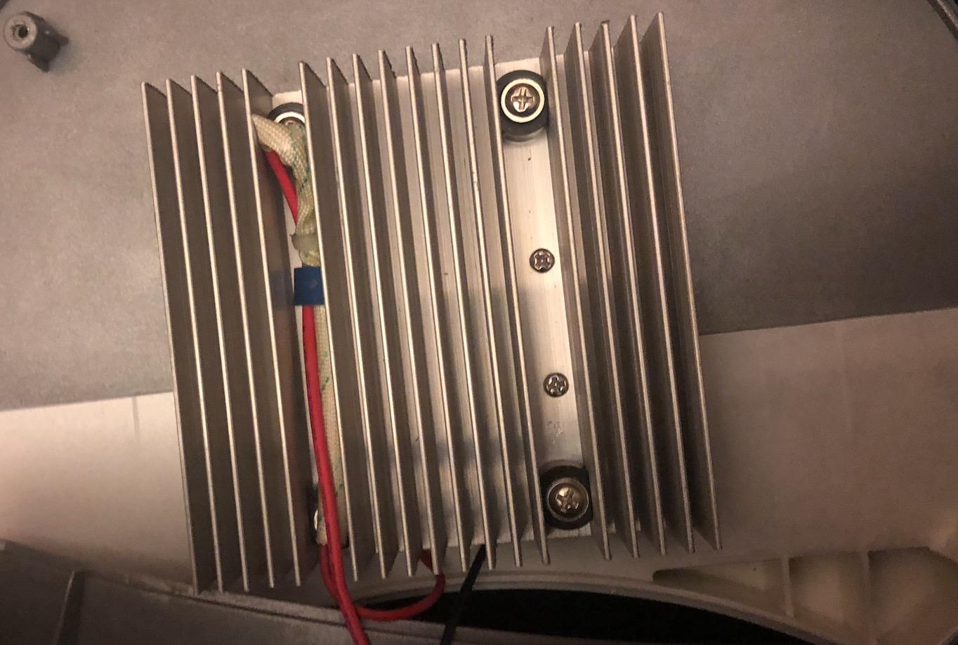 Voir la radioactivité : Fabriquez une Chambre à Brouillard Captu419