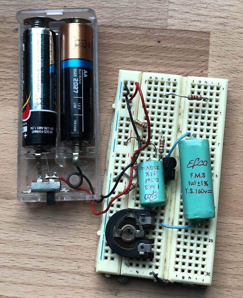 Un projet de compteur geiger à transistors - Page 2 Captu523