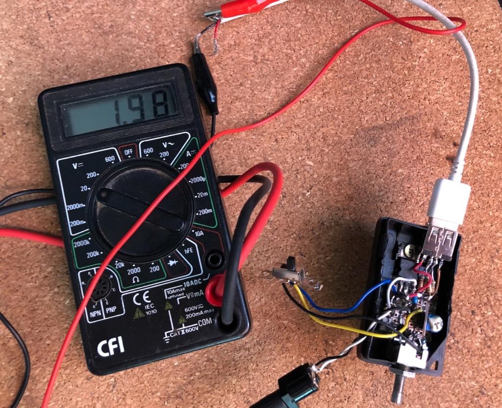Mise en pratique et échanges autour de la réparation électronique : le Repair Café - Page 2 Captu759