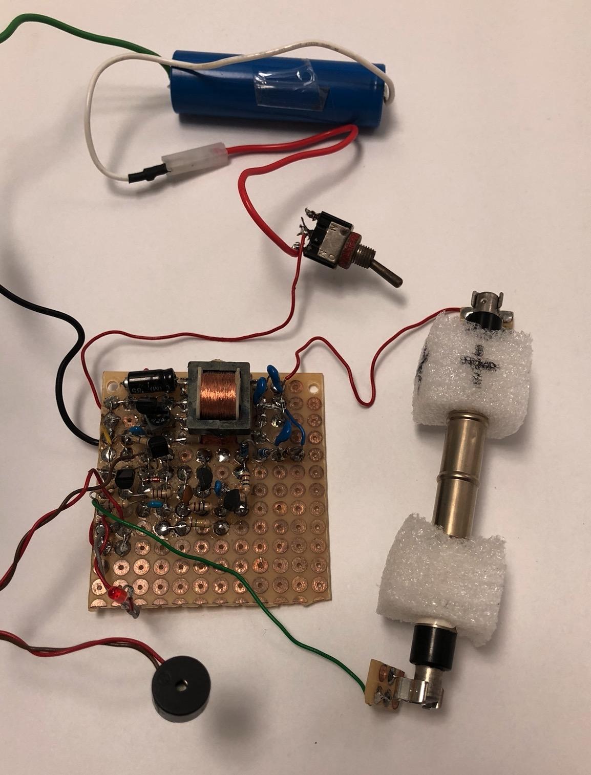 Un projet de compteur geiger à transistors - Page 2 Captur24