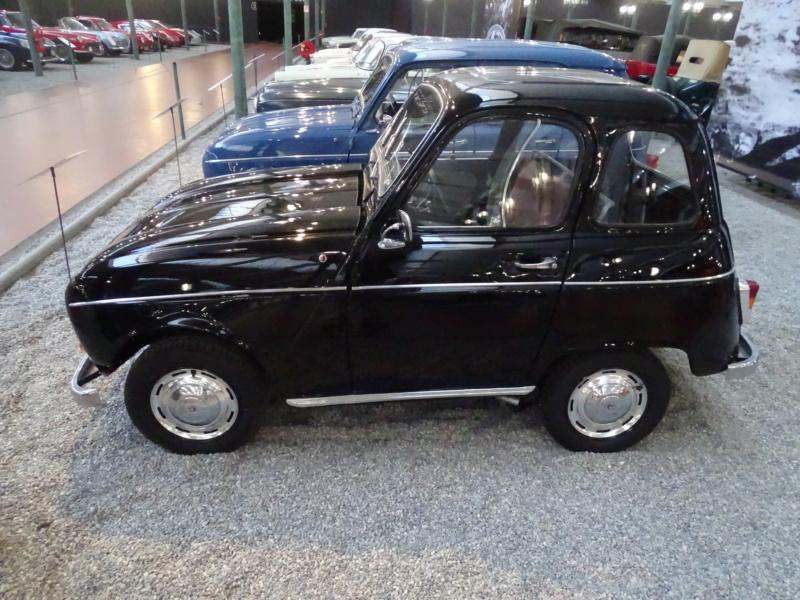 """La Renault R4 dit aussi """""""" Quatrelle """""""" Dsc03711"""